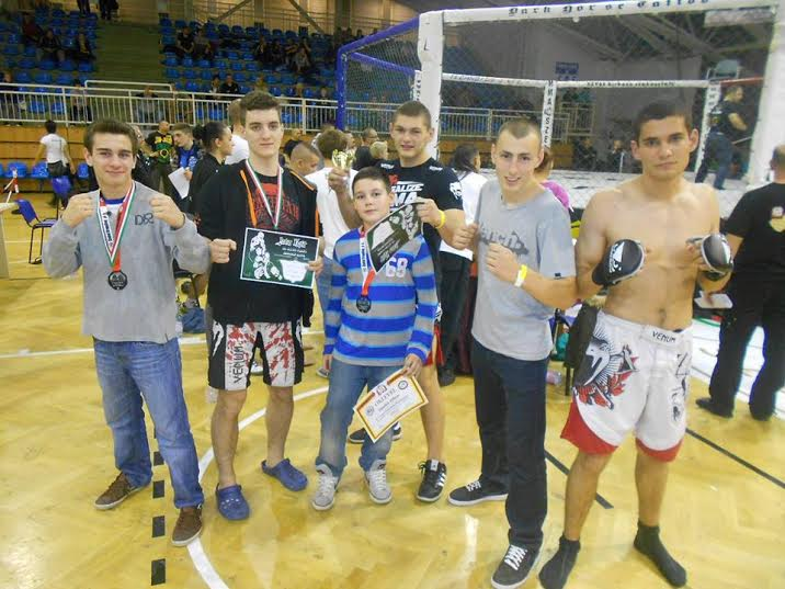 Zen Mushin Do (balról): Zsiga Zsolt, Vincze Simon, Smolek Viktor, Kiss Balázs ,Bódi Ádám, Münczberg Gergő