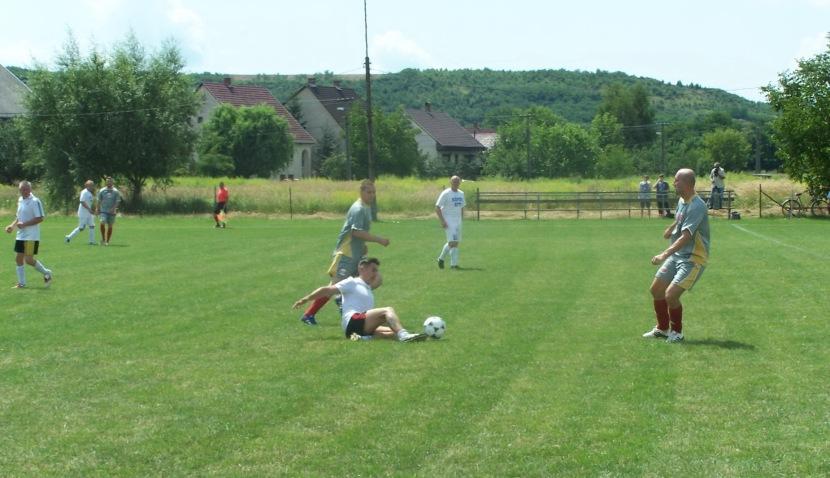 Kánikulai hőségben játszottak a csapatok