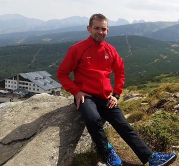 bulgariaban-elegedetten-pihent-meg-a-tobb-mint-2100-meteres-magassagban-szollos-andras