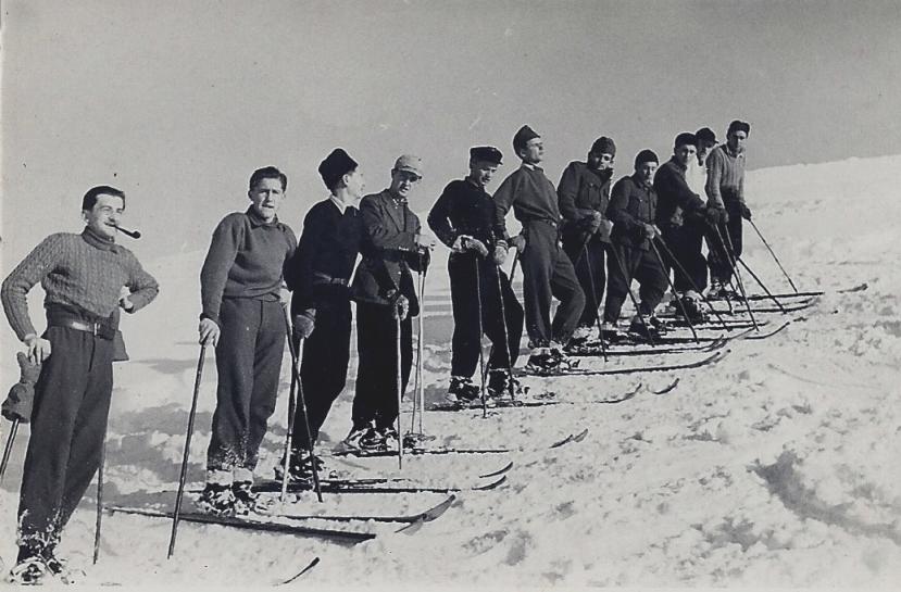1-1943-tiszaborkut-sioktatoi-tanfolyam-masodik-hegyi-istvan-hatodik-kovacs-istvan