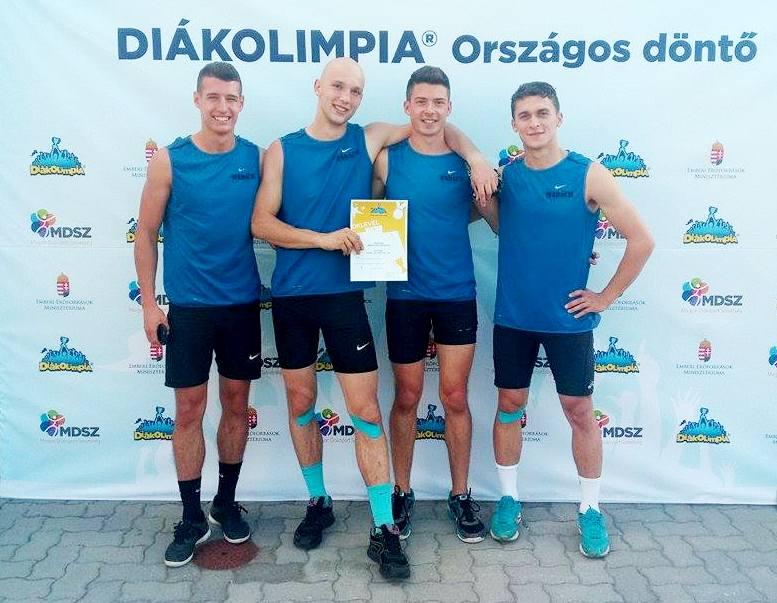 A Madách sprinter váltója (balról) Tarlósi Patrik, Benedek Dávid, Csonka Dominik, Ferov Barnabás